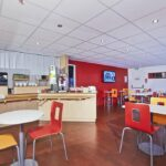 Salle de petit-déjeuner Premiere Classe Cergy Saint-Christophe